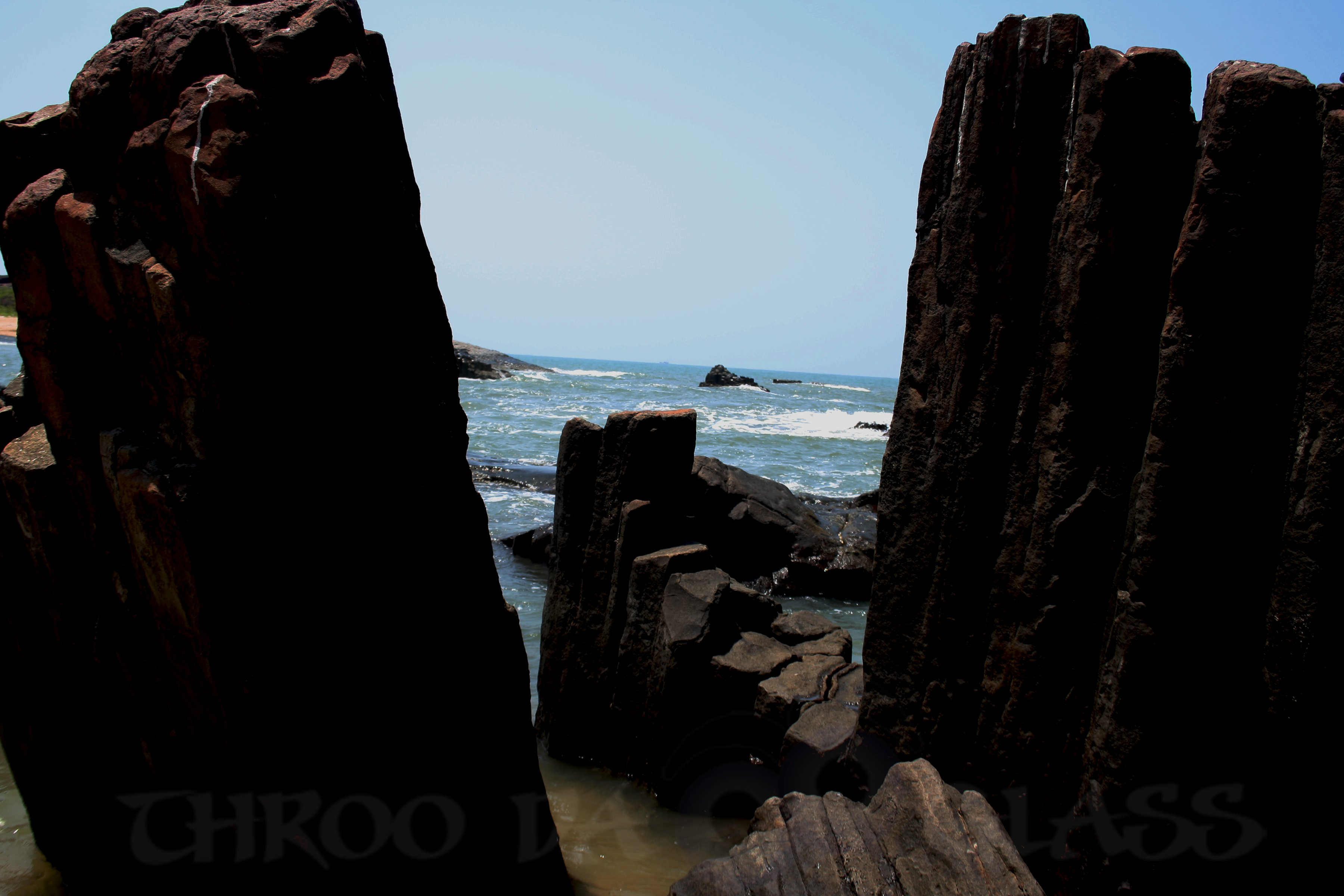N,Natural Rock Formation,St Mary's Island,Udupi,a-z,challenge,abc wednesday,wordless,pravin,pm,phenomenon,pravs,throo da looking glass,bangalore blog