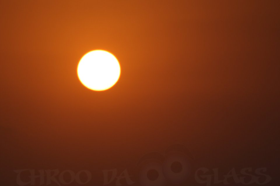 O,orange,sunset,sun,warmth,malpe beach,udupi,a-z,challenge,pravin,pravs,phenomenon,pm,throo da looking glass,bangalore blog,karnataka,eternal